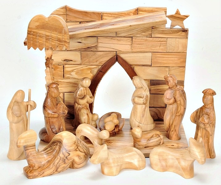 this faceless wooden nativity scene is ideal for christian gifts for any occasion - Wooden Nativity Set